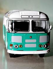 Автобус ПаЗ-672М - масштаб 1:43 фирмы