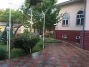 Сдается 2 дома Никитина,  11 соток 2 уровня,  бассейн во дворе,  бассейн