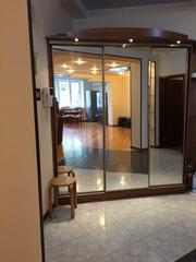 5 комнат 2 уровня 300 м.кв.,  м.Ойбек ул.Чехова  1000