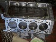 Двигатель в сборе v8